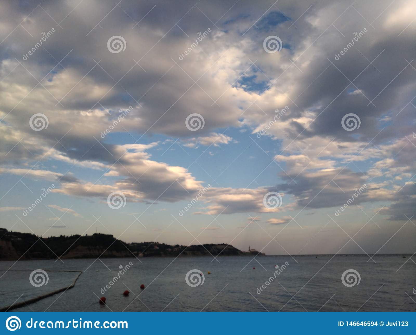Wolken ?ber dem Strand