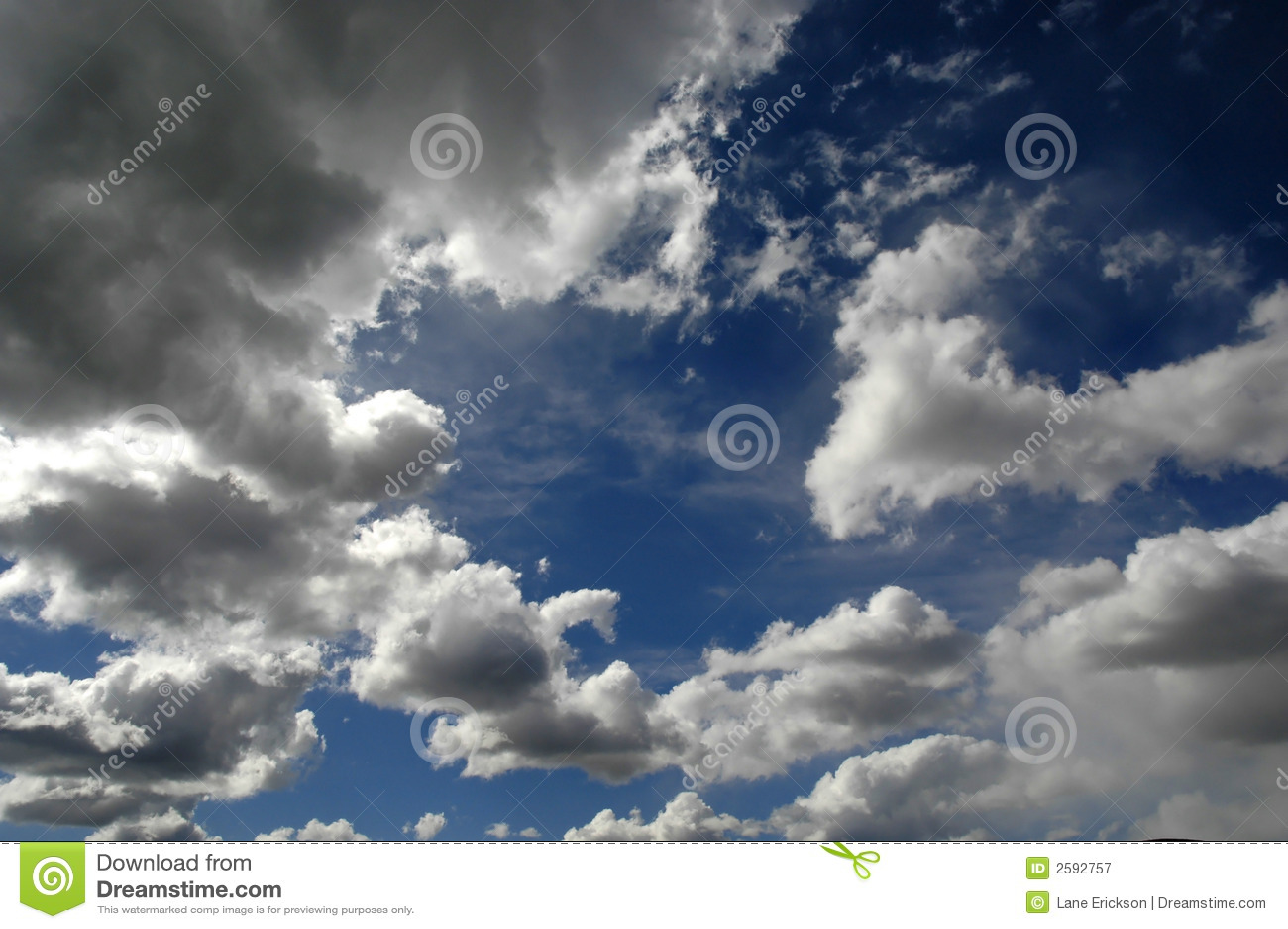 Wolken in Blauwe Hemel