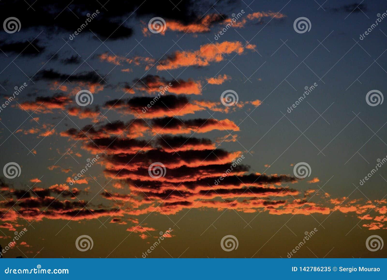 Wolken, Schatten und Zeichen der Natur