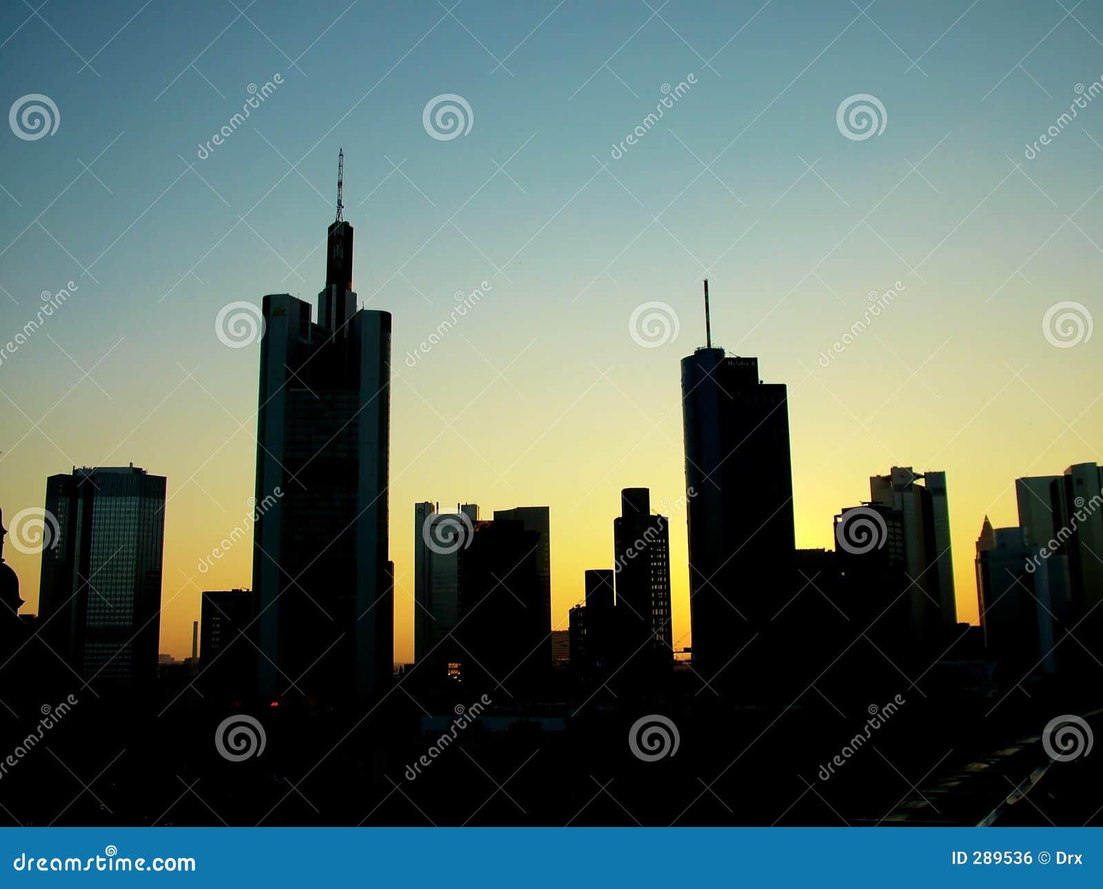 Wolkenkrabber de stad in