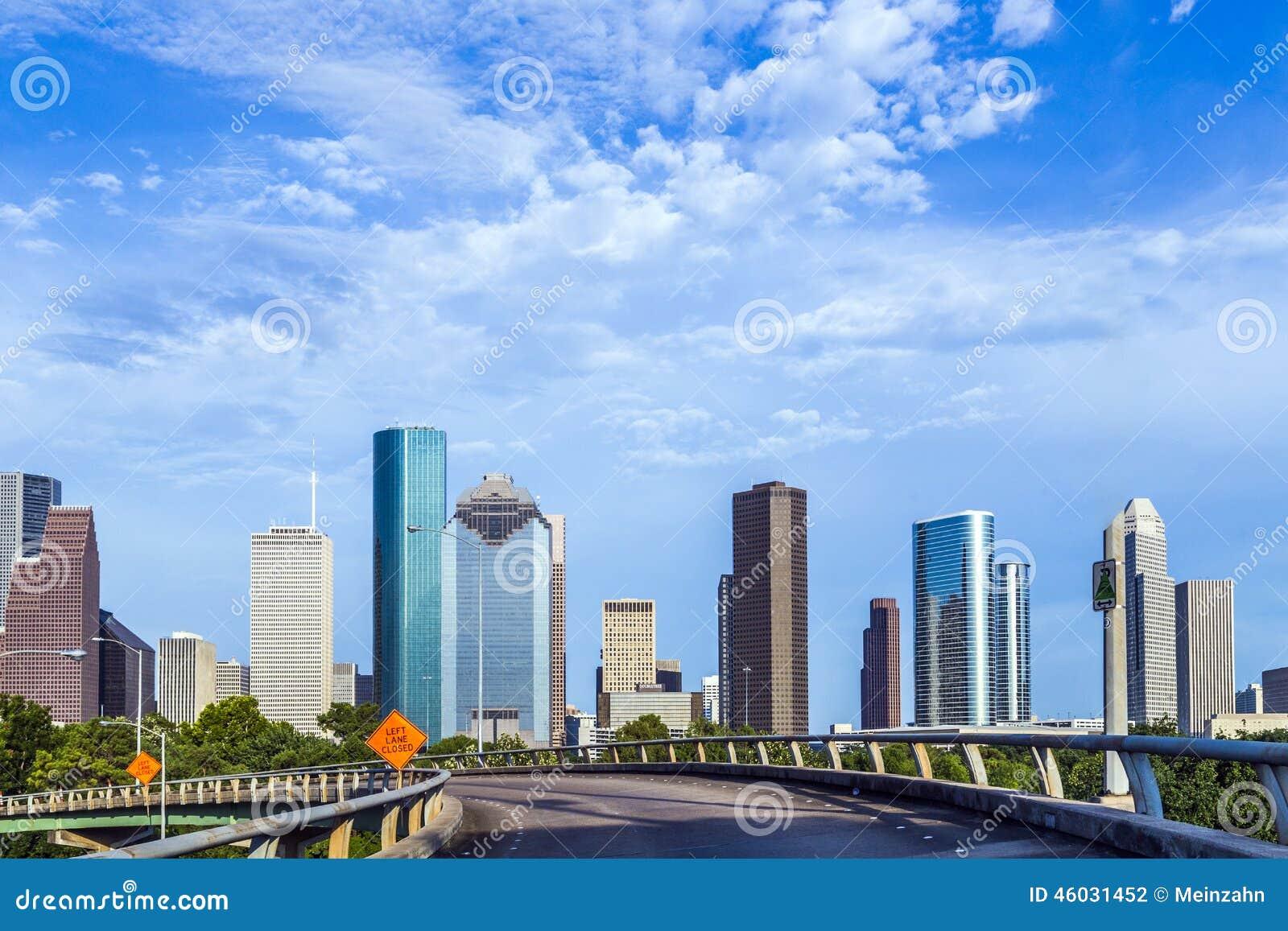 wolkenkrabber in houston texas stock foto afbeelding bestaande uit middag stad 46031452. Black Bedroom Furniture Sets. Home Design Ideas