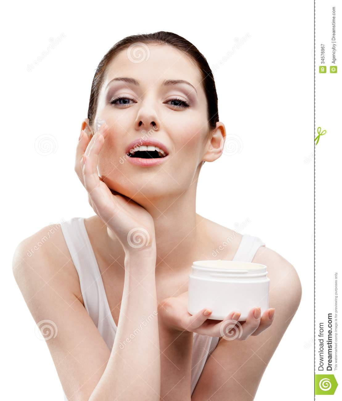Effective Skin Whitening Creams and Fairness Creams in India with reviews I have compiled a list of top skin lightening and fairness creams that are available in the Indian market easily. Some of them are fairness creams for oily skin, dry skin while some can be for all skin types.