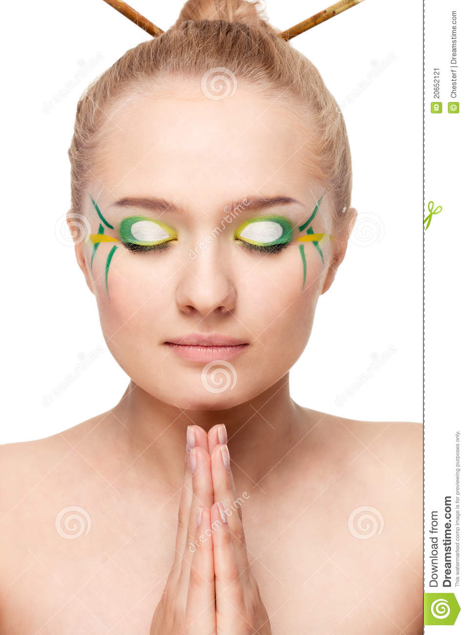 Bamboo Makeup Brushes: Woman With Bamboo Leaves Style Makeup Stock Image