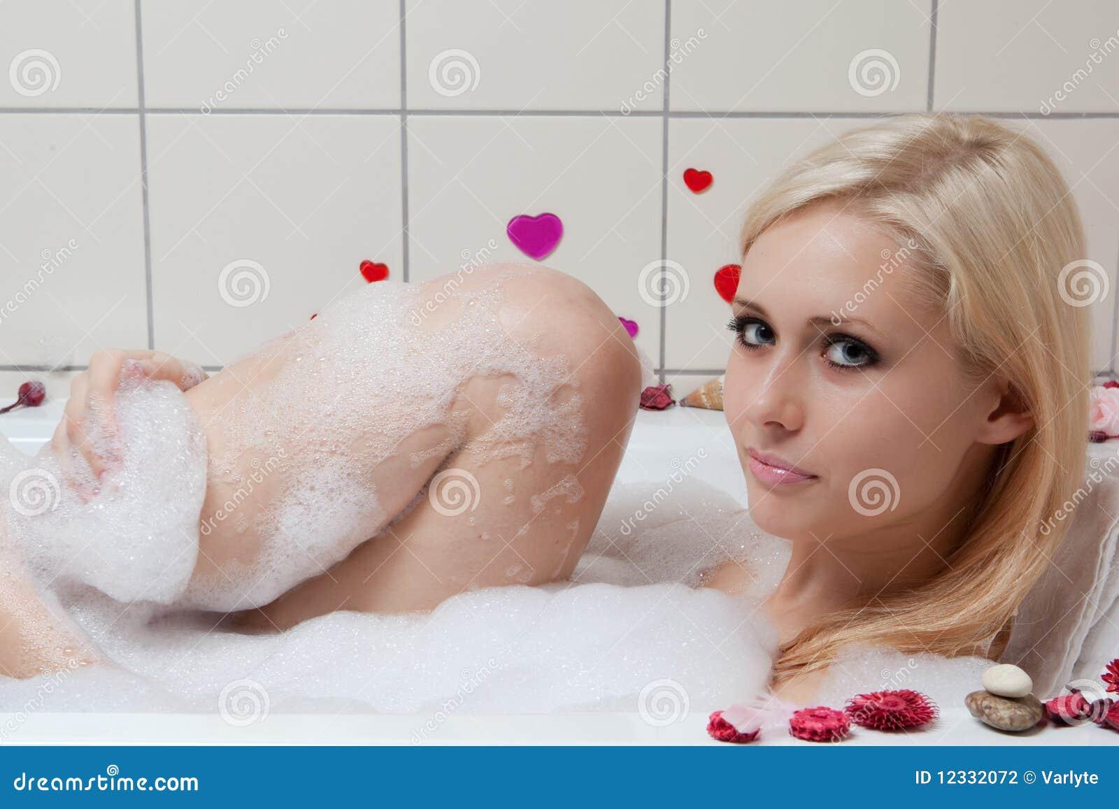 Bathing videos cumshot picture 87