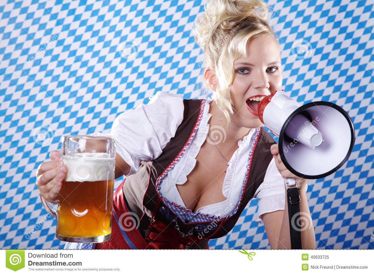 Bavarian Woman With Beer Vector Illustration ...