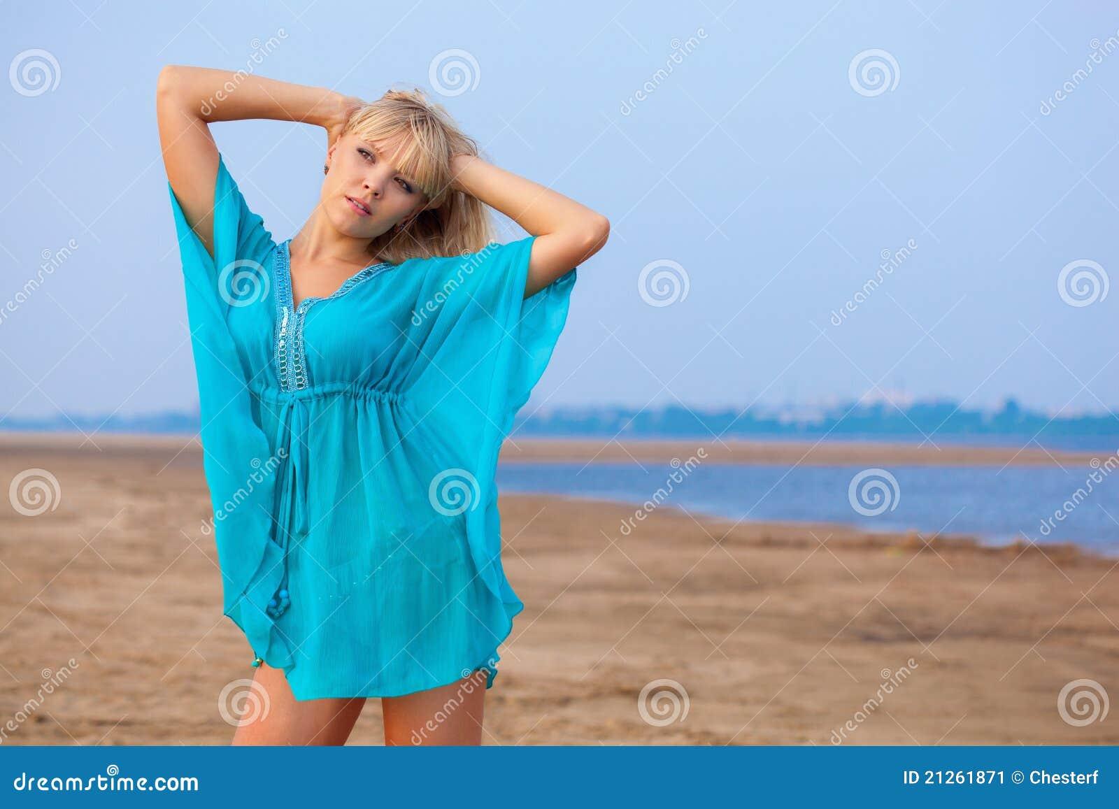 Фотографии полных блондинок 17 фотография