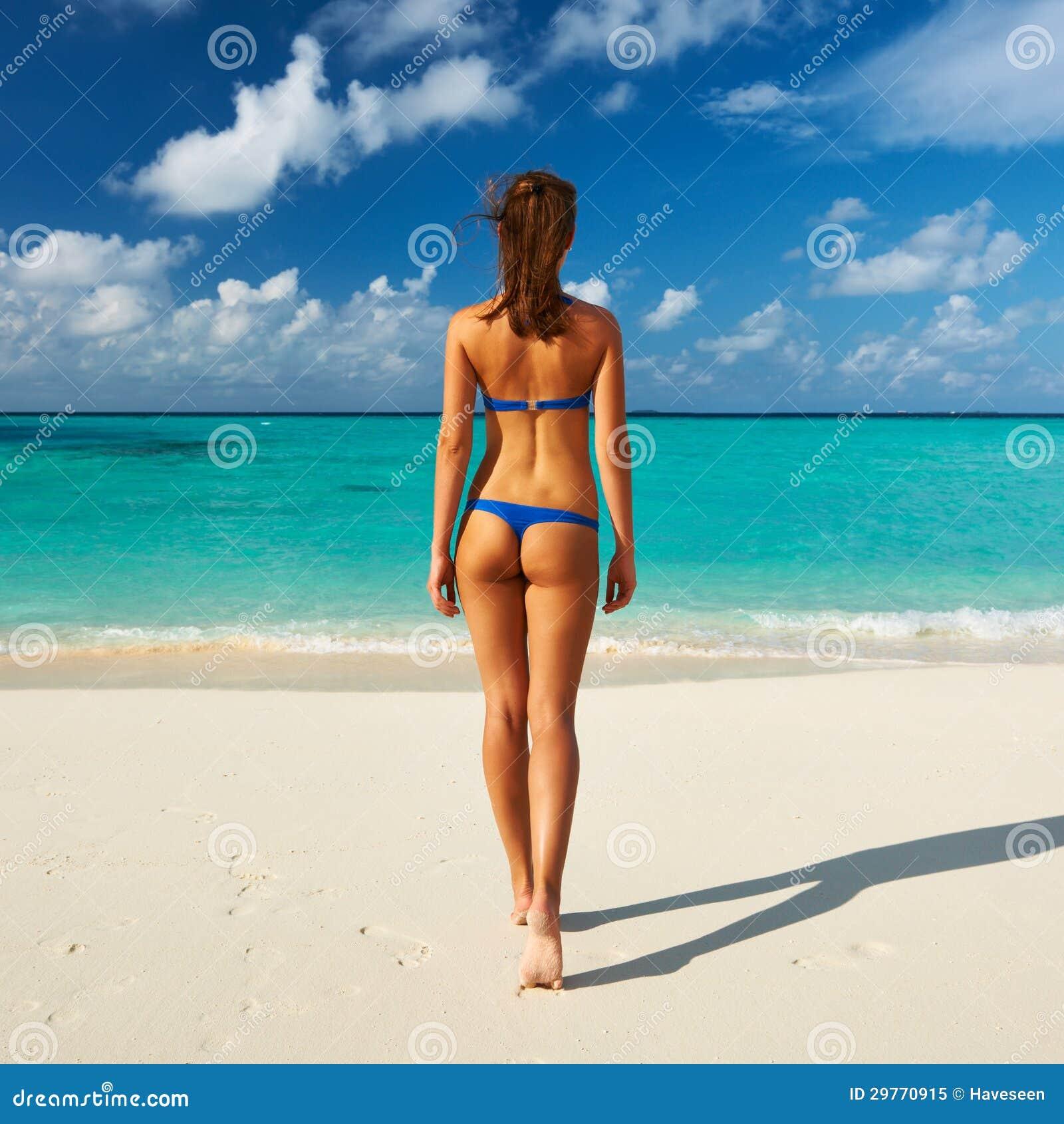 Фото вид сзади на пляже 5 фотография