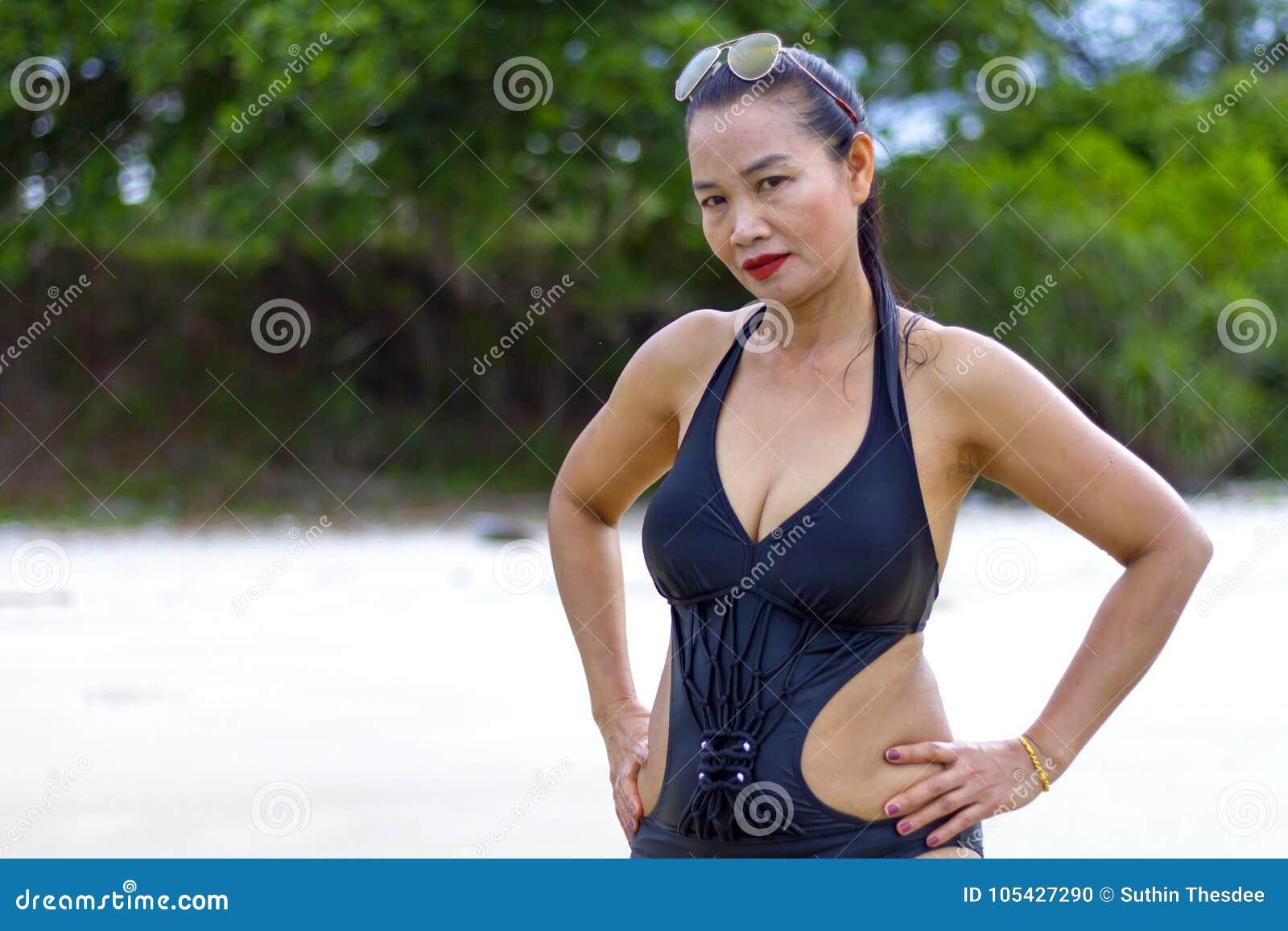 Black mama bikini