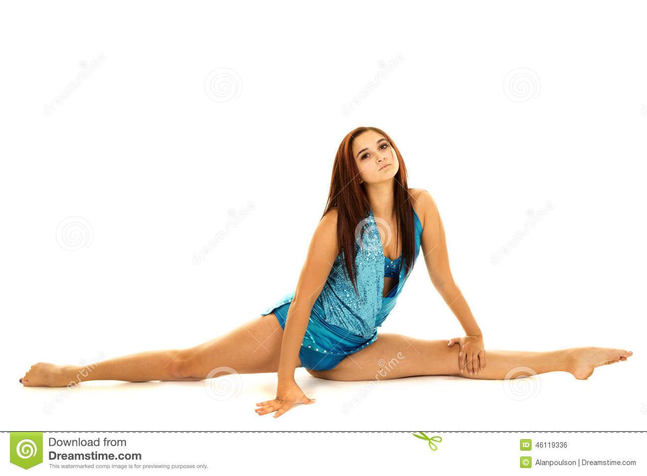 woman doing nude splits