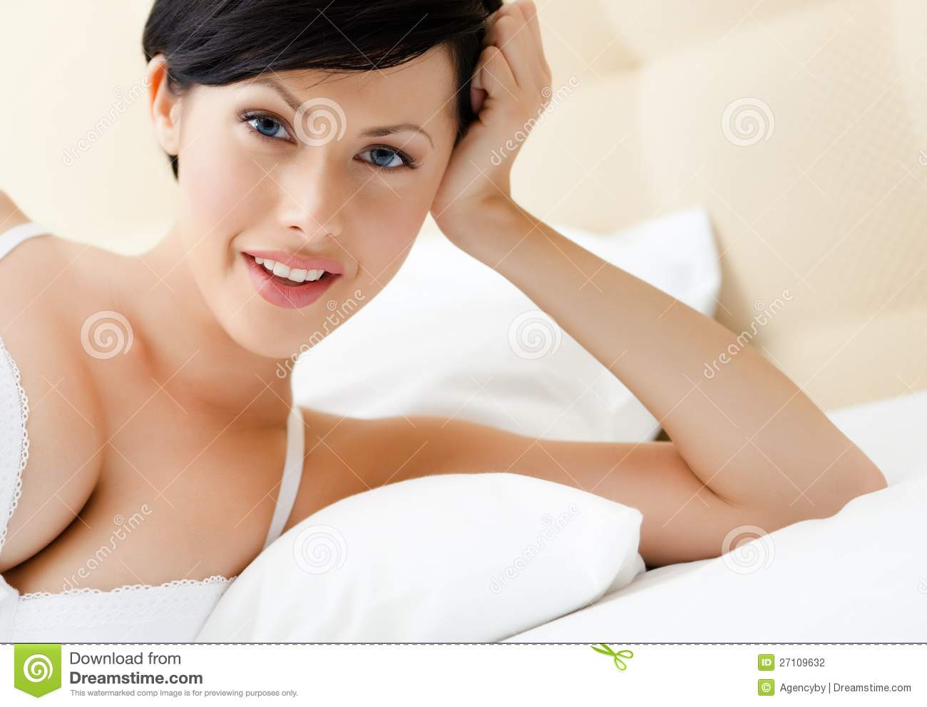 how to prop up head of bed