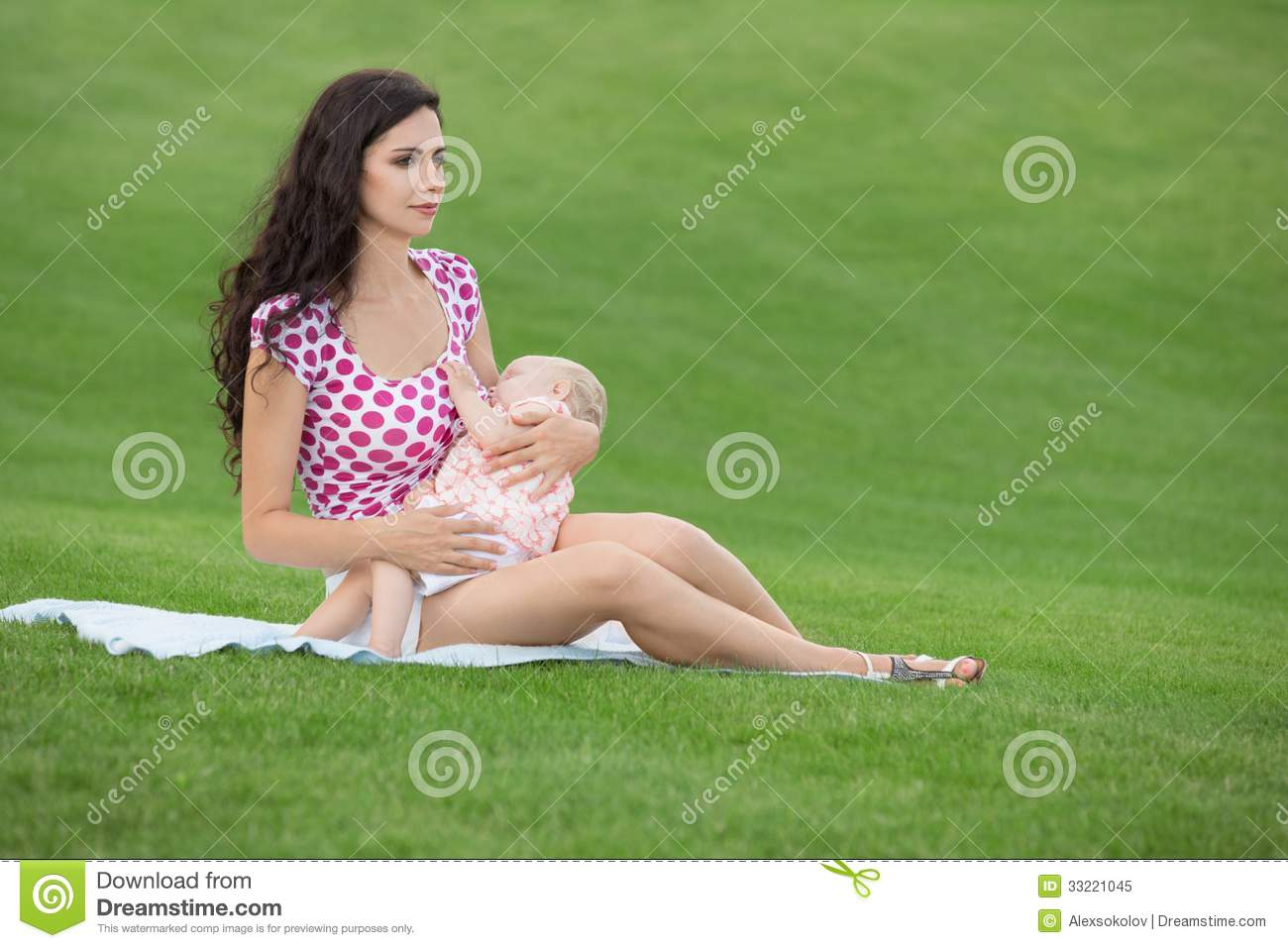 Dating a young woman with a baby