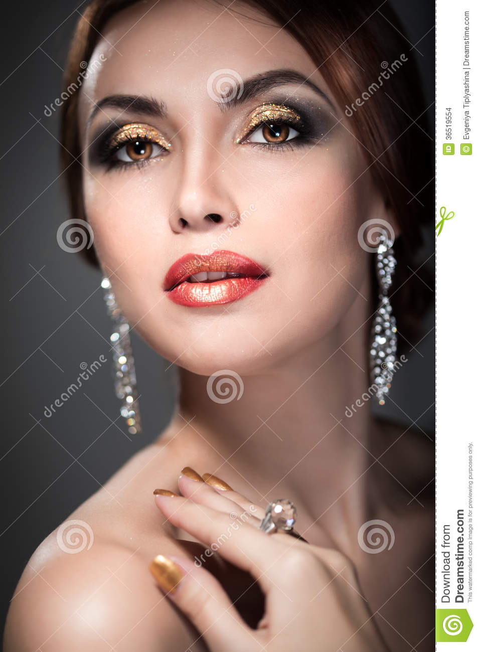 Woman With Bright Makeup Stock Images - Image 36519554