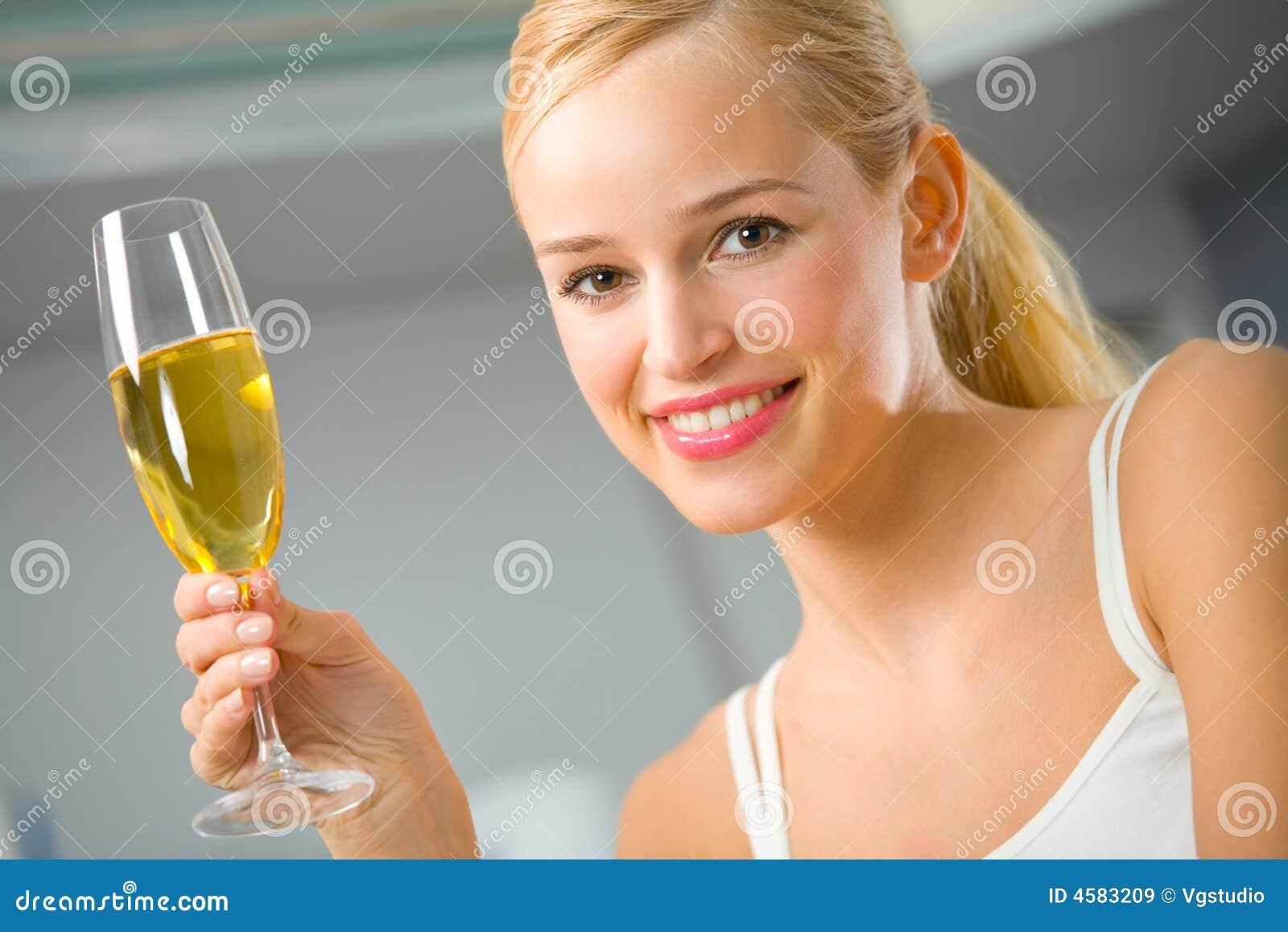 худеем на шампанском