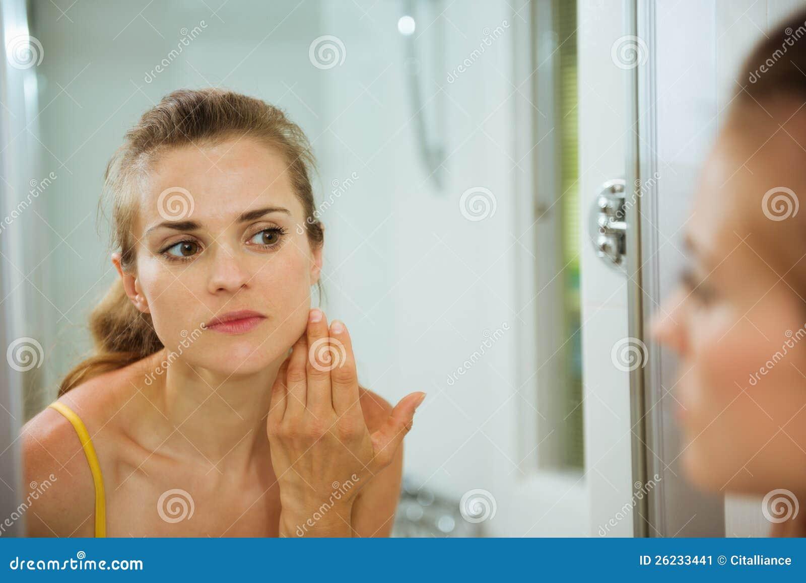 Bathtub young stud facial