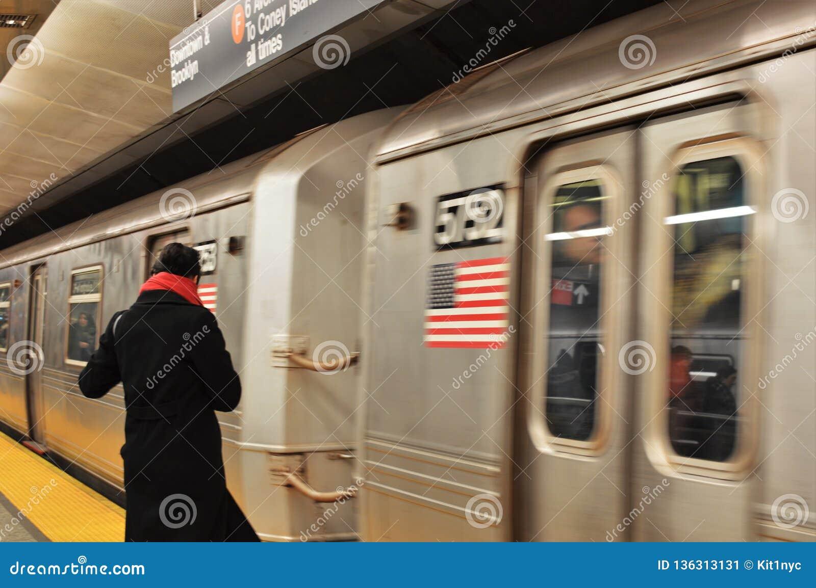 Woman Commuting On Subway Platform Nyc Mta Subway Train Car