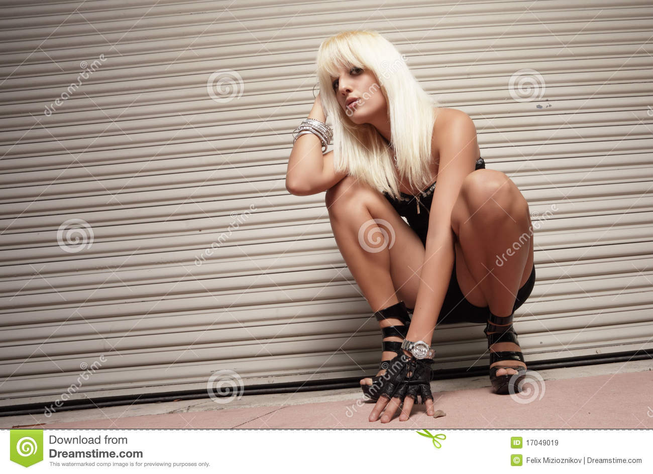 Think, Girl crouching porn picture goes