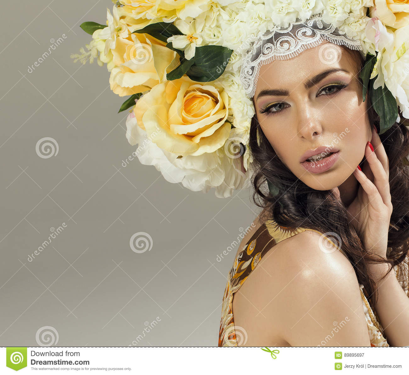Woman With Crown Of Flowers Stock Image Image Of Clothes Flora