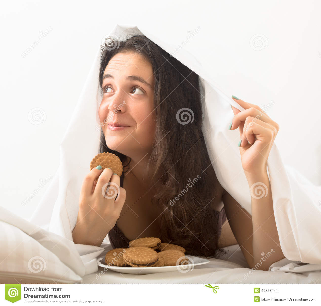 Woman eating sweet chocolate chip cookies stock photo for Sweet home 3d chip