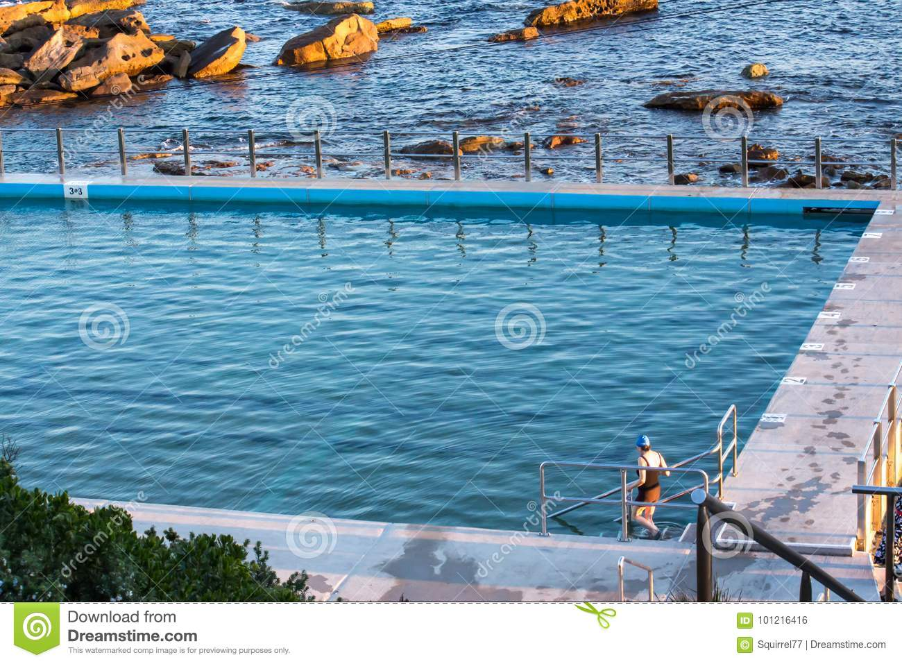 Swimming Pool Steps Blue Ocean Royalty Free Stock Photography 31468967
