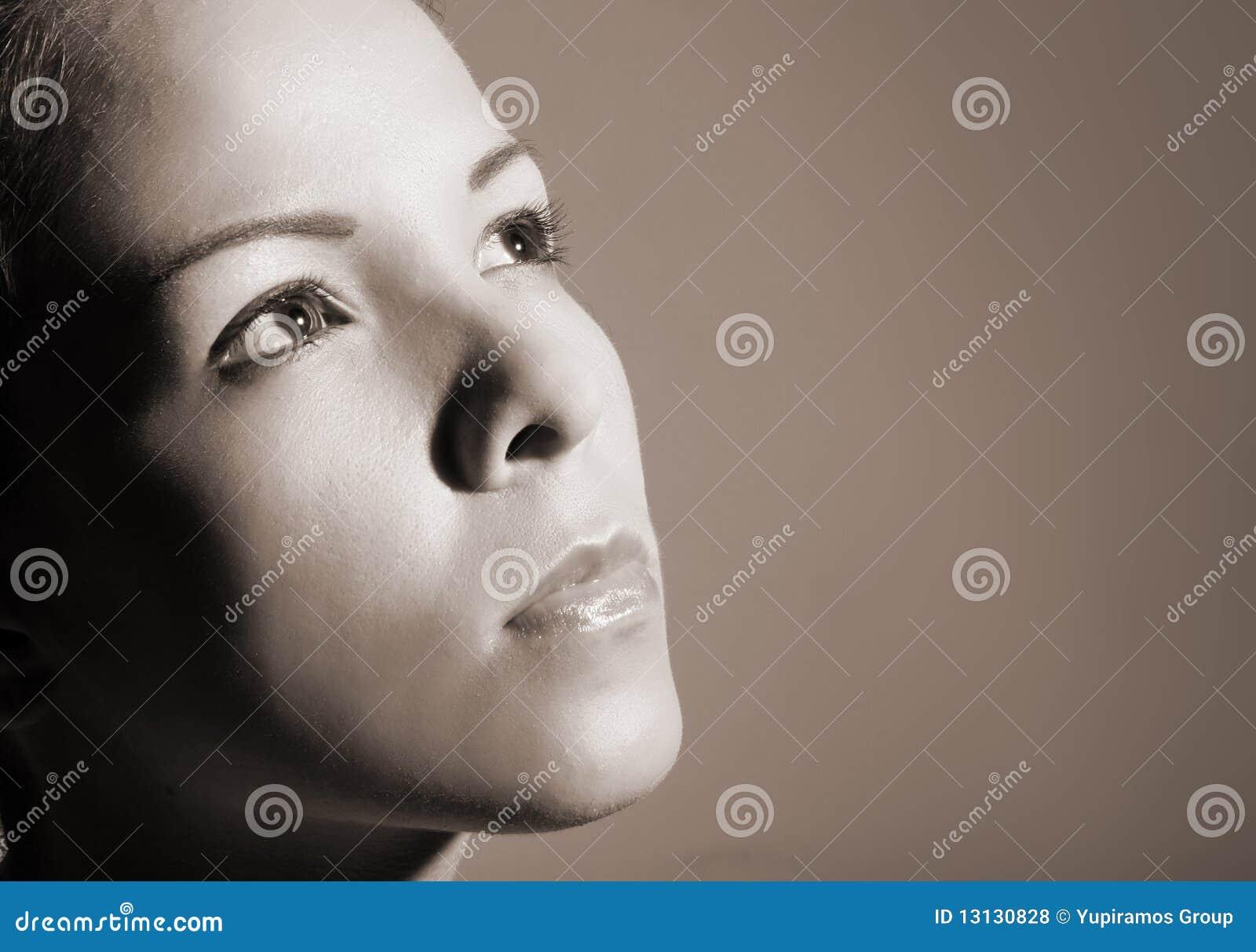 facial profile romanesque