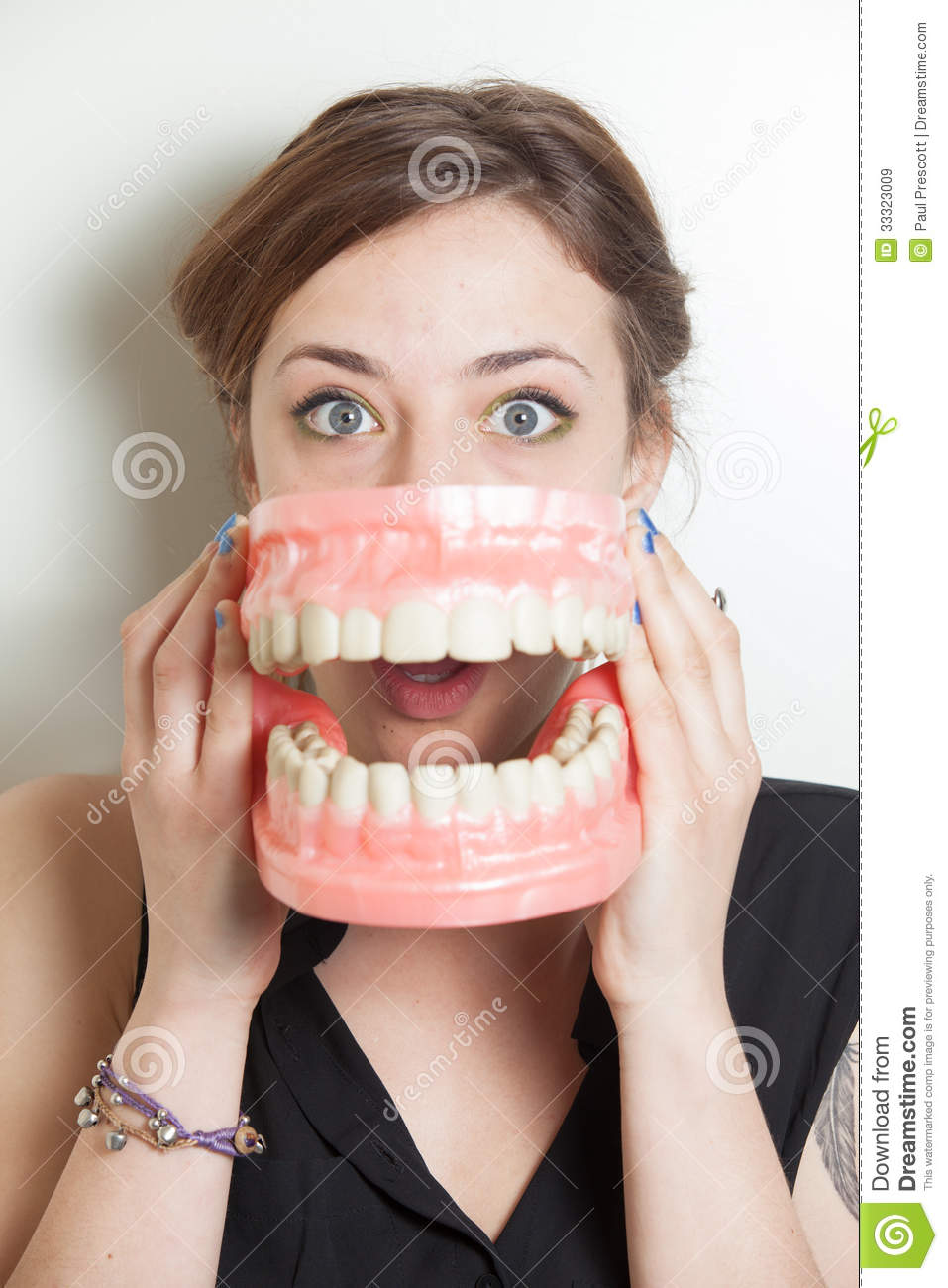 woman with false teeth