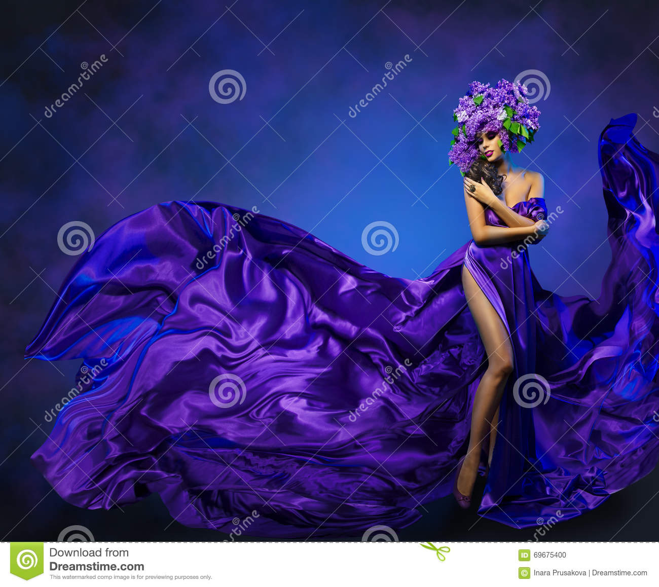 Woman Flower Dress Flying Fabric, Fashion Model in Lilac Hat