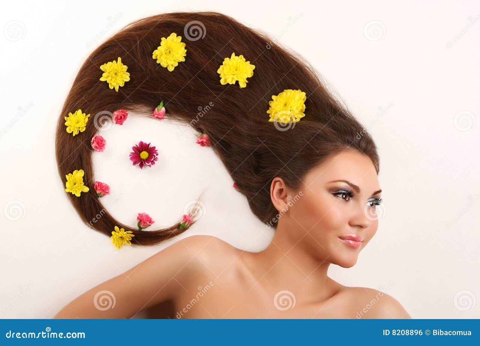 Выпадение волос на висках у мужчин причины