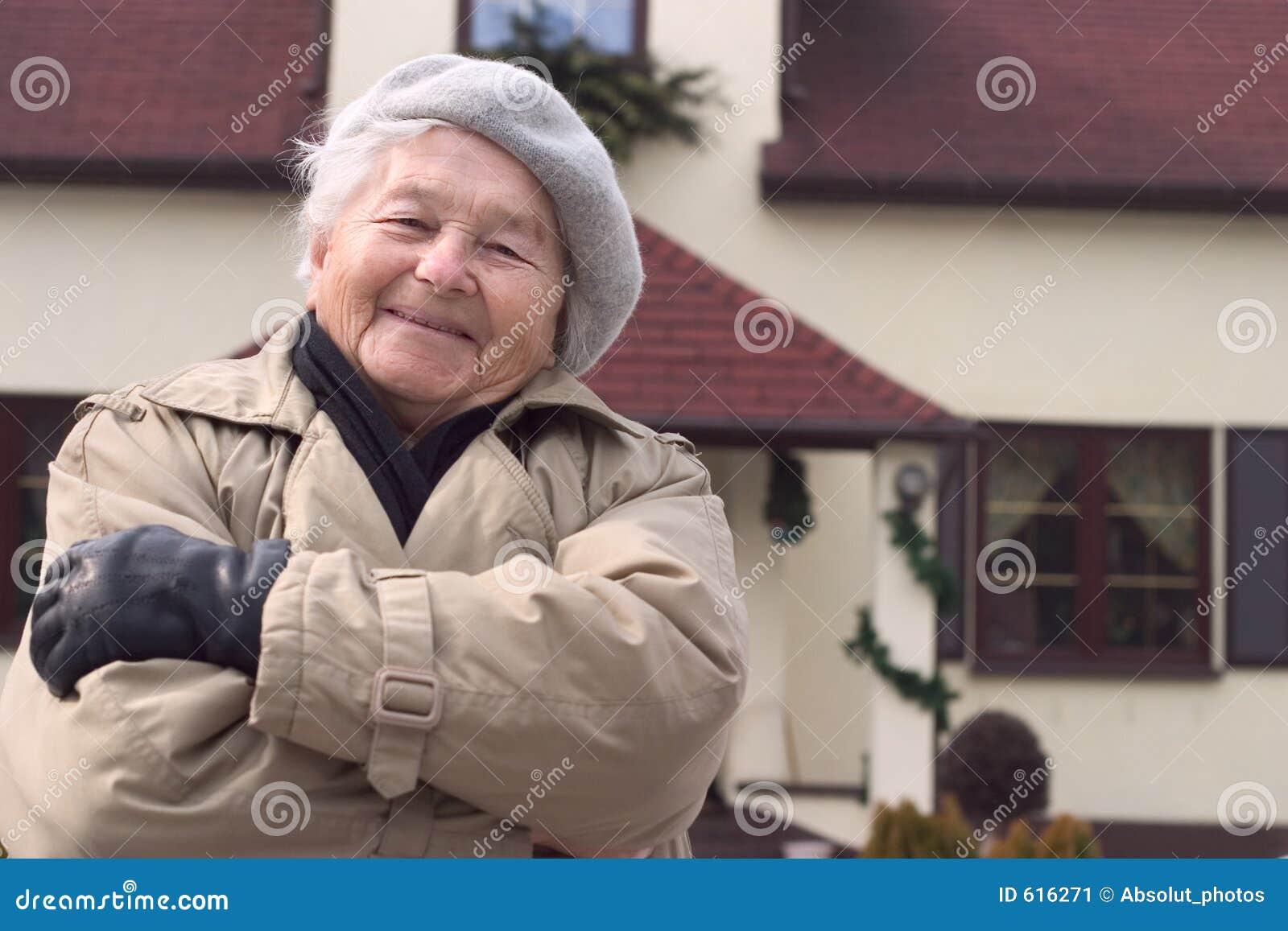 is ultram safe in the elderly