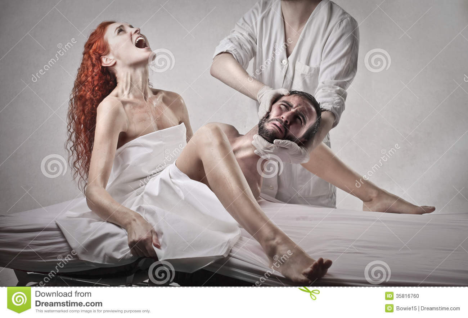 legless woman gives birth