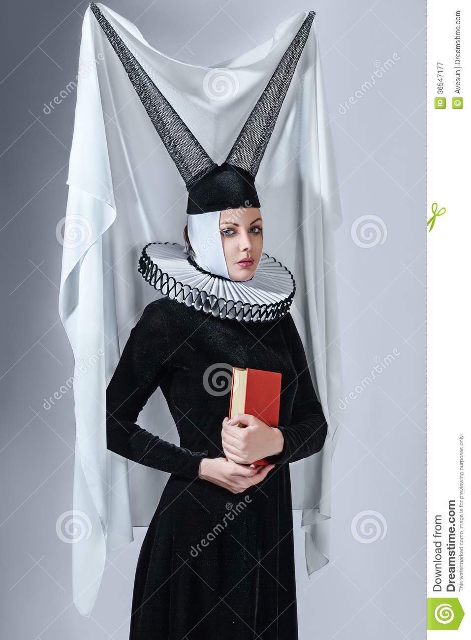 Woman In A Gothic Clothing Royalty Free Stock Photography