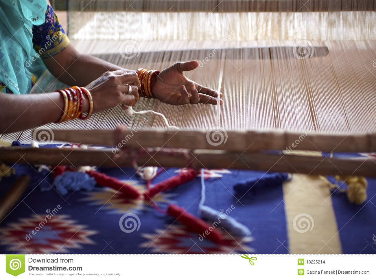 Woman Hand Weaving A Carpet In India Stock Images Image