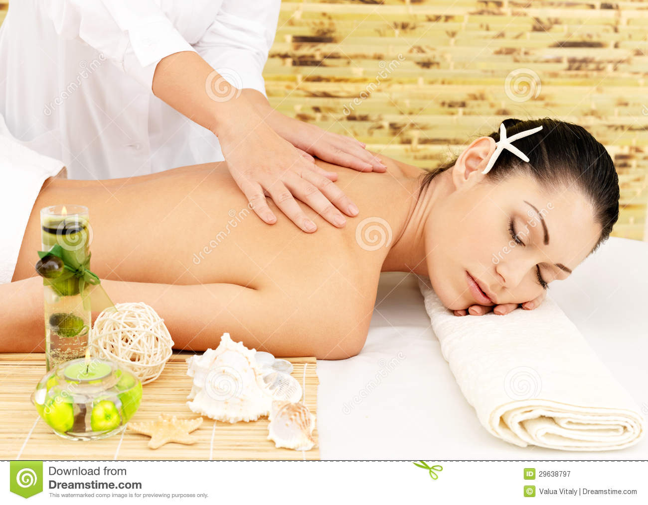 Woman having massage of body in spa salon stock image image 29638797 - Salon massage body body paris ...