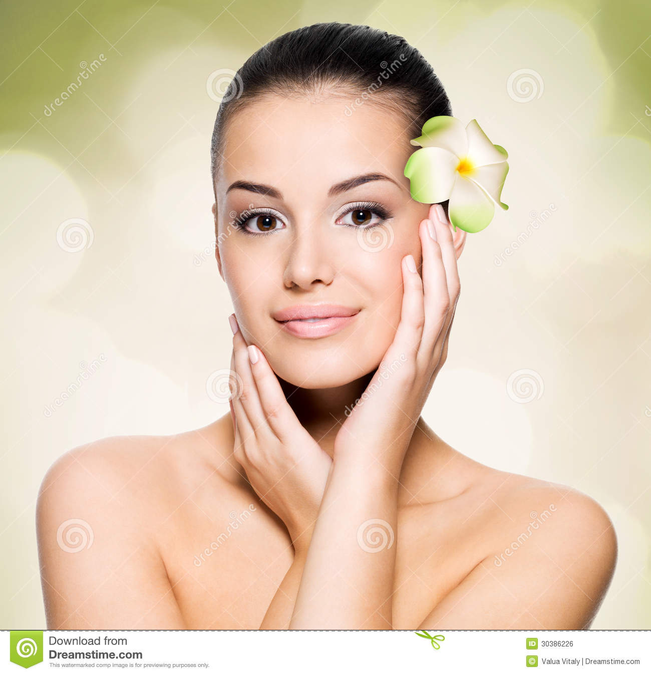 Good Skin Care: Woman With Healthy Skin Face Royalty Free Stock Image