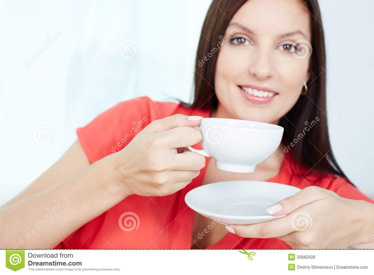 Woman Holding Cup Royalty Free Stock Photos - Image: 33082928