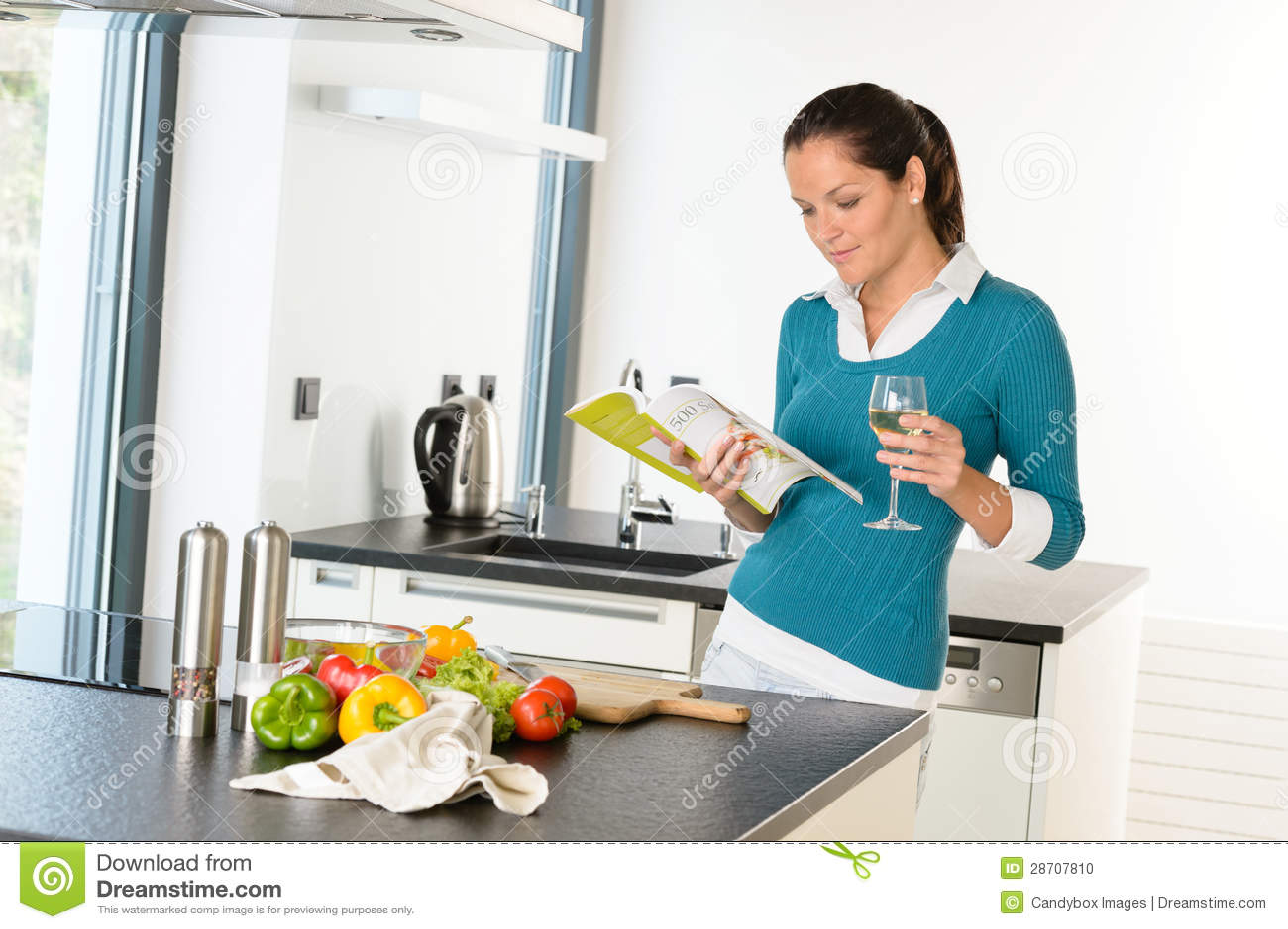 the modern housewifes book Modern House