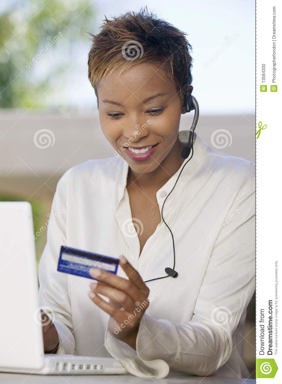 how to make online purchases with a maestro card