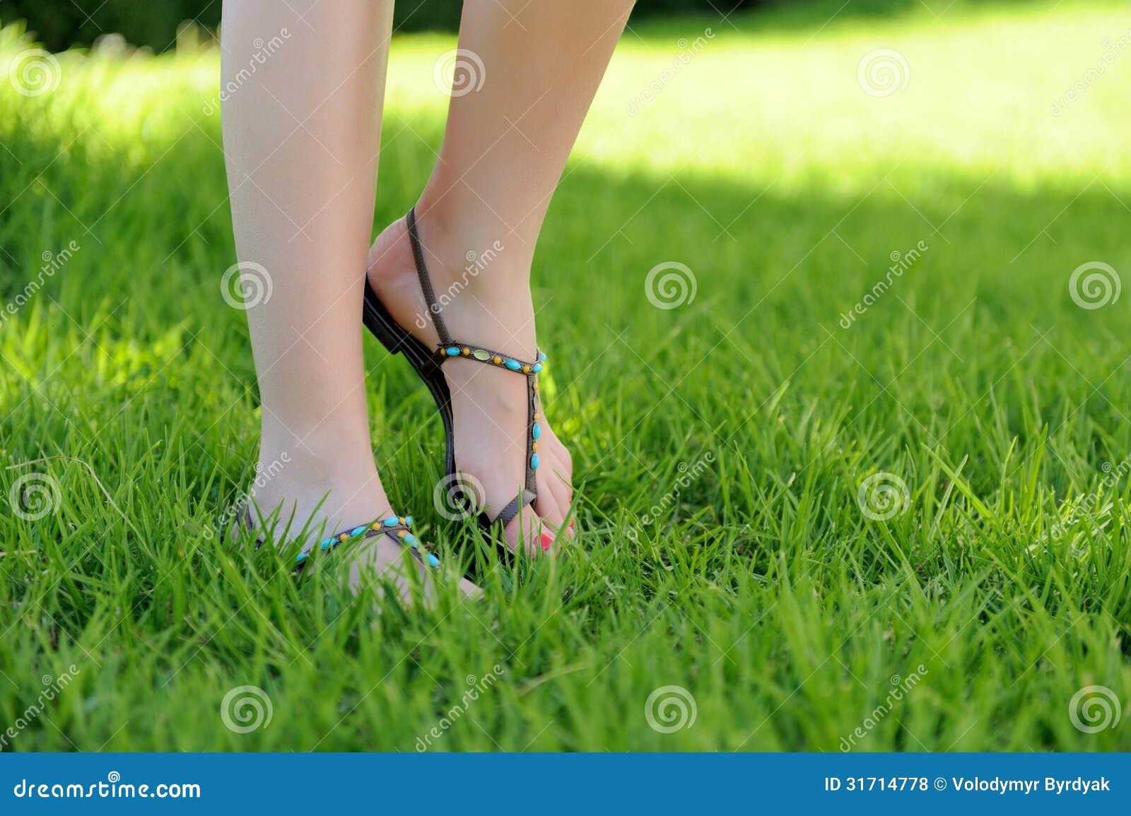 woman walking in grass - photo #4
