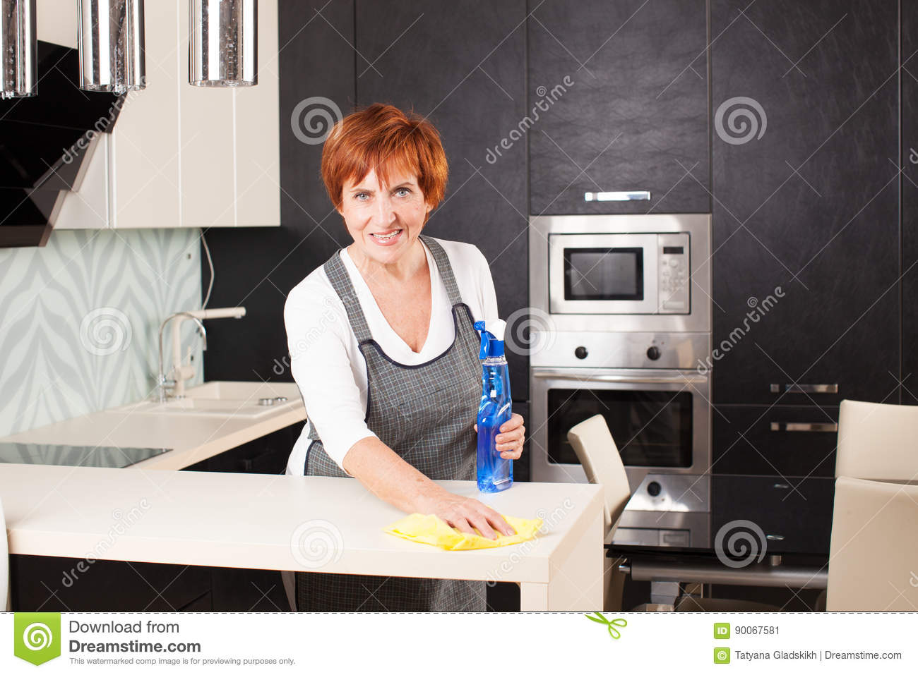 Woman Mature Cleaning Kitchen Stock Image Image Of Indoors