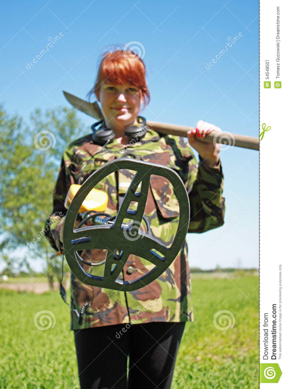 Jew Detector: Woman With Metal Detector Stock Image. Image Of Archeology