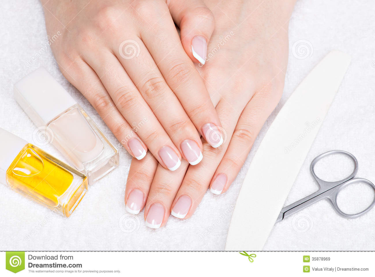 Woman In A Nail Salon Receiving Manicure Stock Image - Image of ...