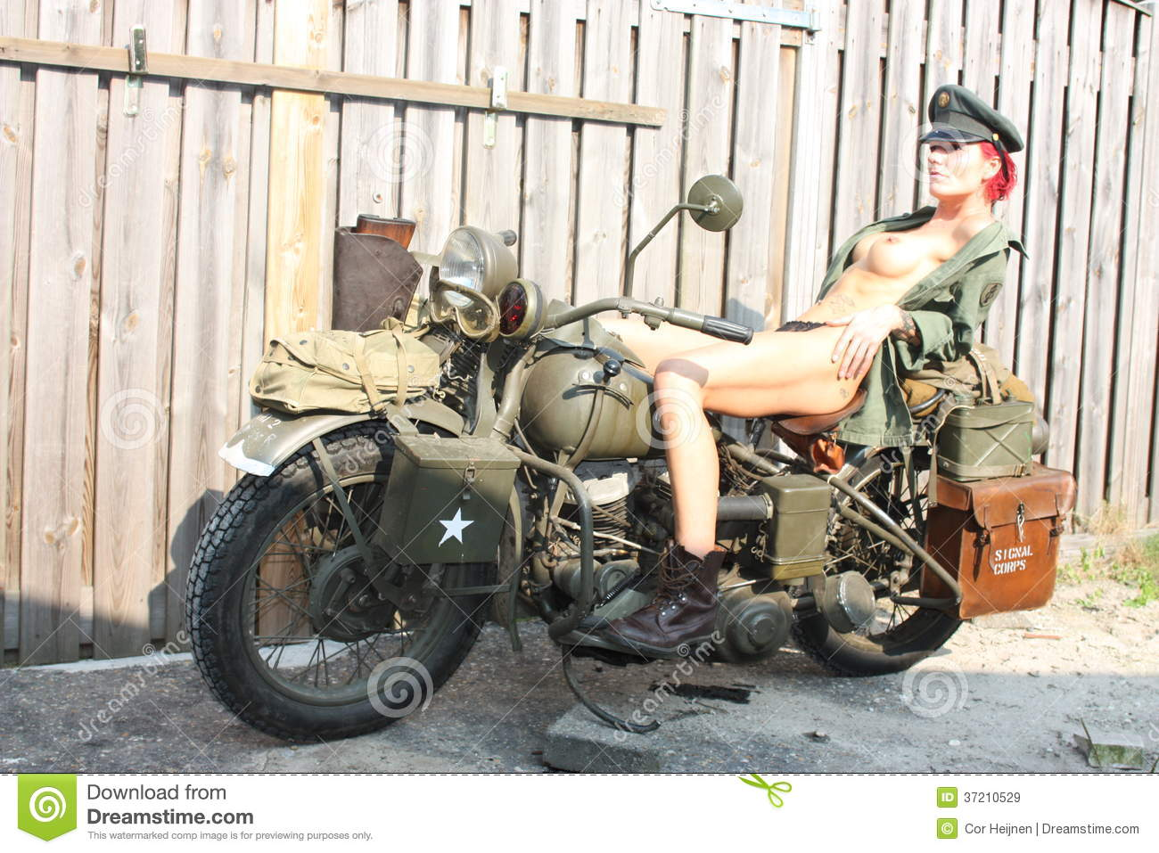 sexy military girl naked