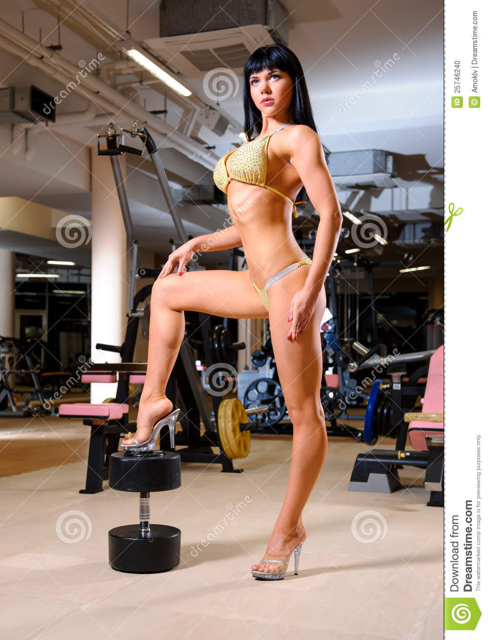 Woman posing in the fitness club