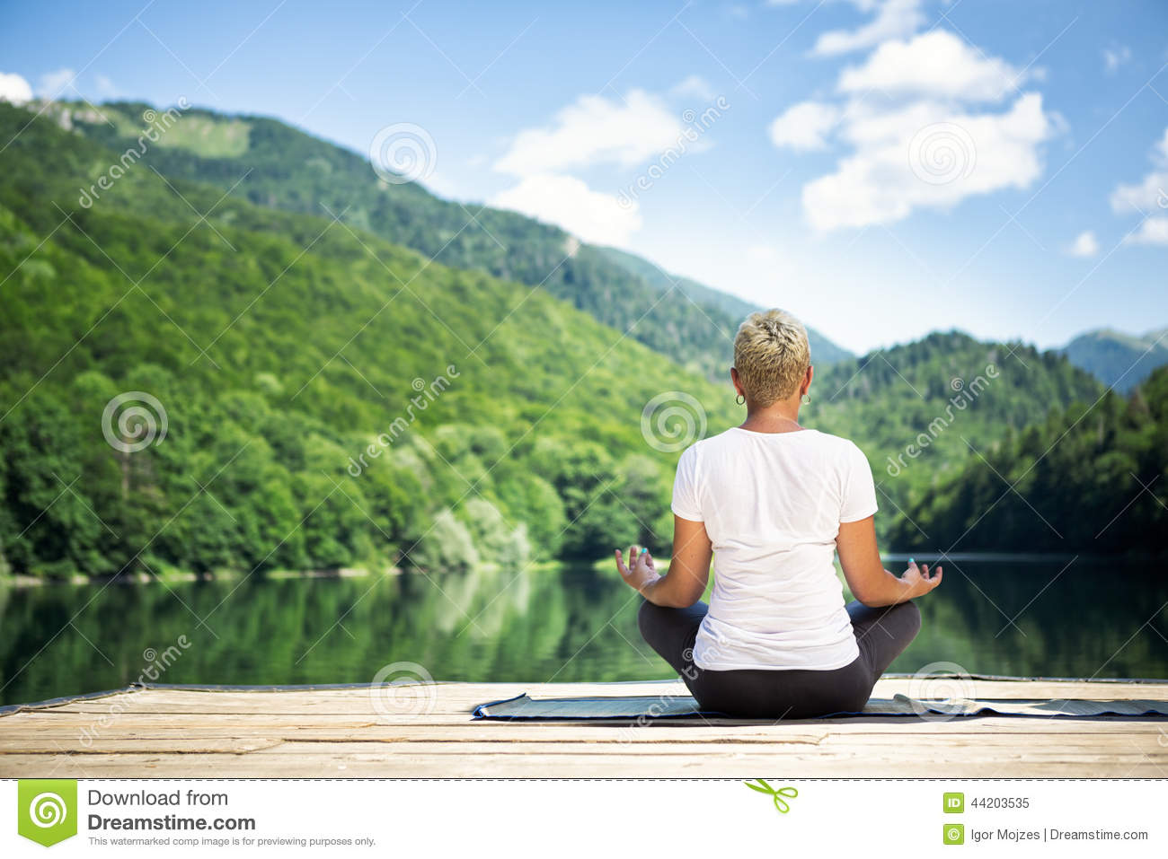 meditation online dating Mic covers news, opinion, reviews and analysis around arts, entertainment, celebrity, lgbtq, social justice, police brutality, dating, sex, feminism, body positivity, space, innovation, climate change.