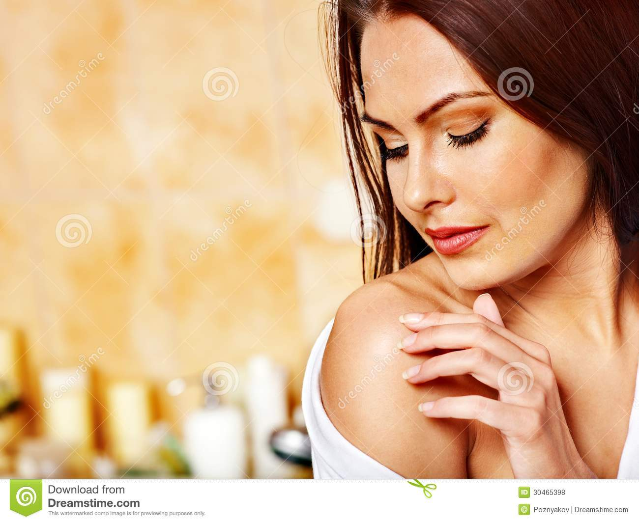 Woman Relaxing At Home Bath Royalty Free Stock Photos