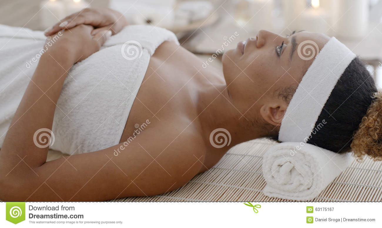 Woman relaxing in spa salon stock photo image 63175167 for Salon younga