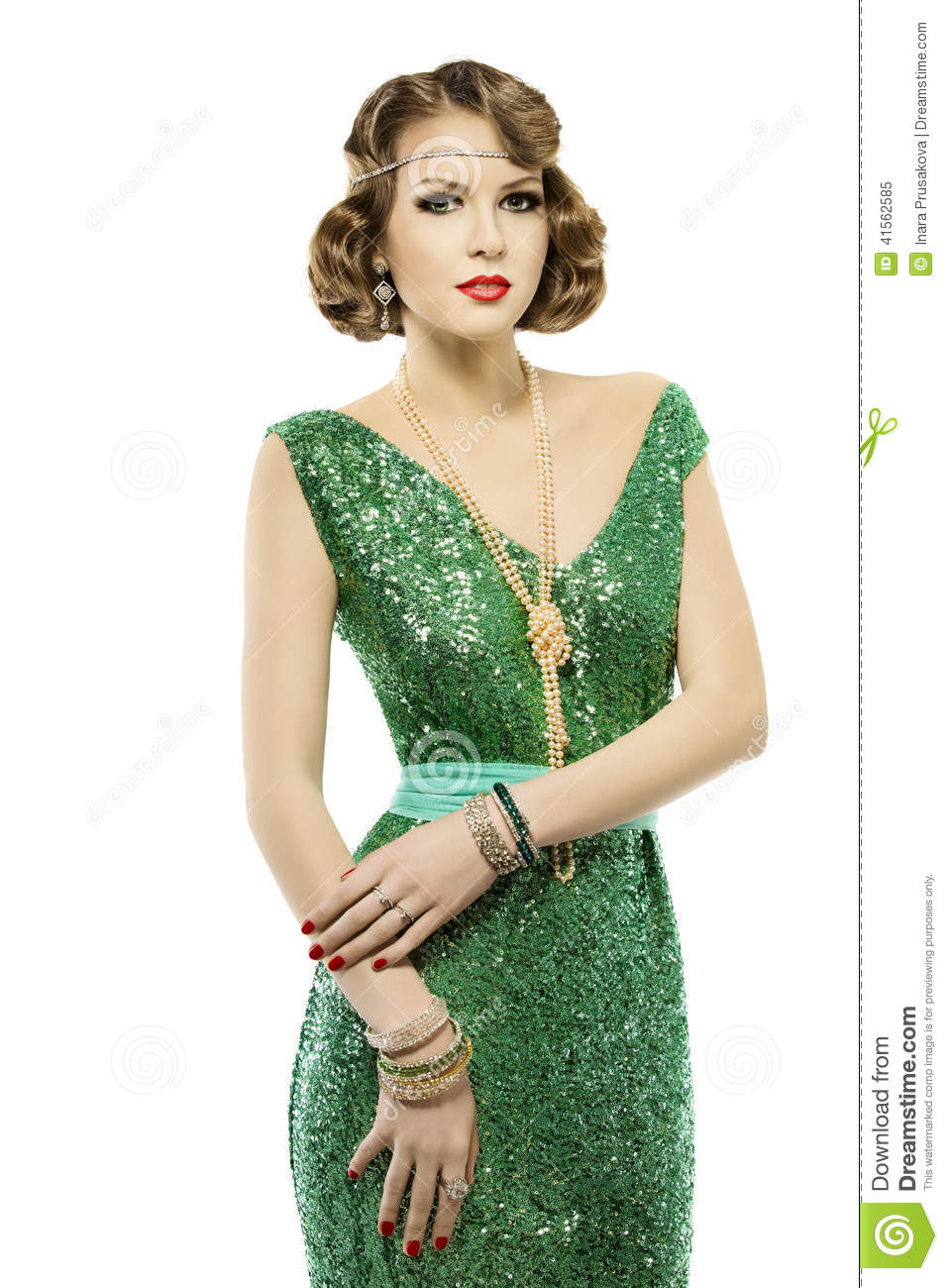 Woman Retro Fashion Portrait In Sparkle Elegant Sequin Dress Stock Image Image Of Glitter