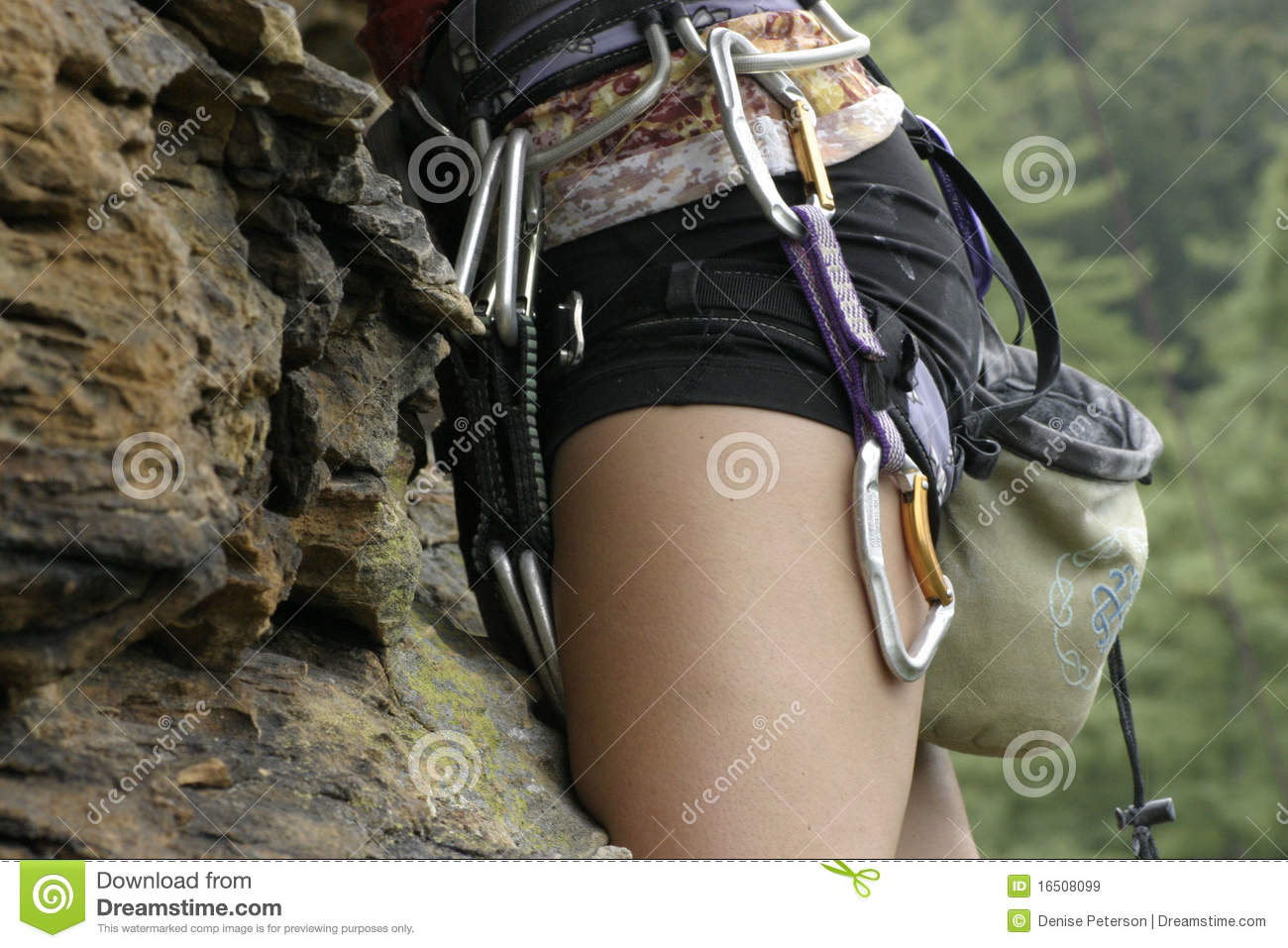 Woman Rock Climbing Royalty Free Stock Images - Image: 16508099