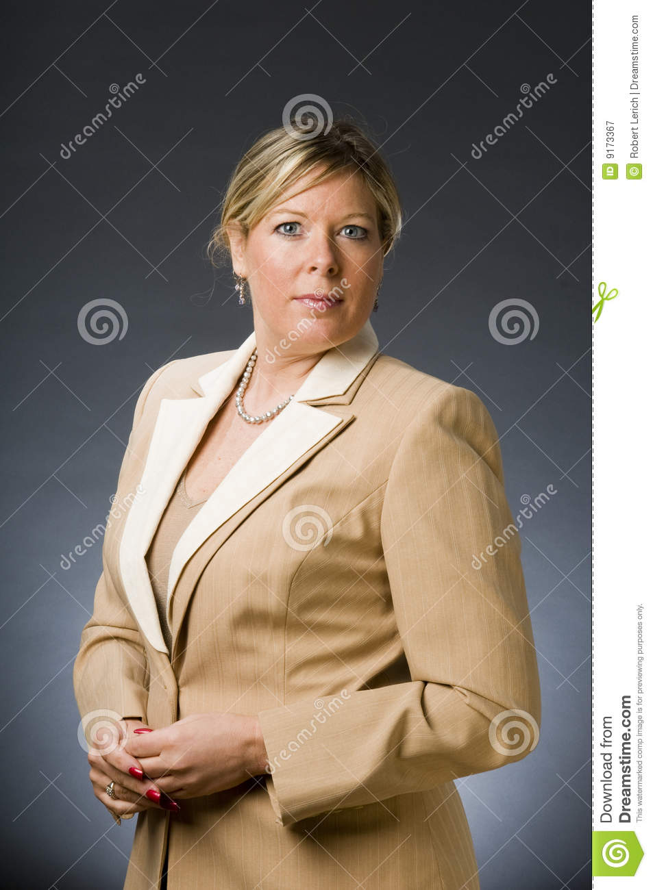 middle aged interview A successful interview contains five key components knowledge of the importance of an interview, preparation of questions, appropriate dress, interview etiquette, and history of interviews an interview is considered the most important part of the hiring process.