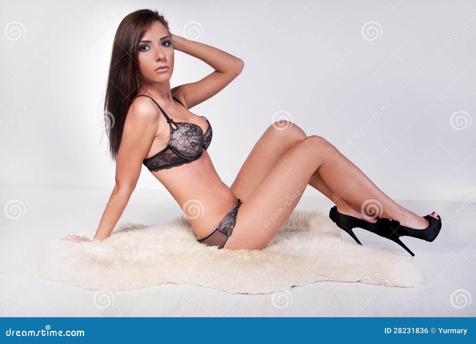Seduced by a cougar porn Nude Photos 28