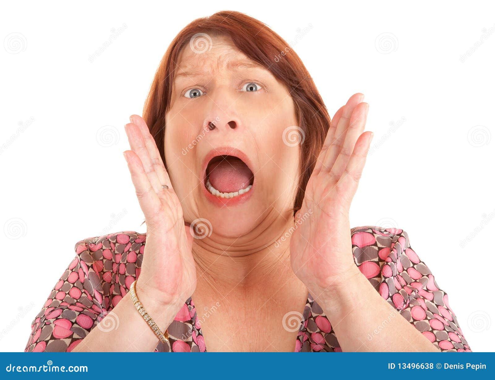 Смотреть порно кричащих девочек 7 фотография